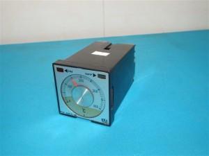 Bộ ổn nhiệt điều khiển nhiệt độ PN-4B1C-M