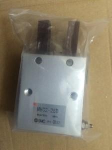 Xy Lanh kẹp MHC2-25D